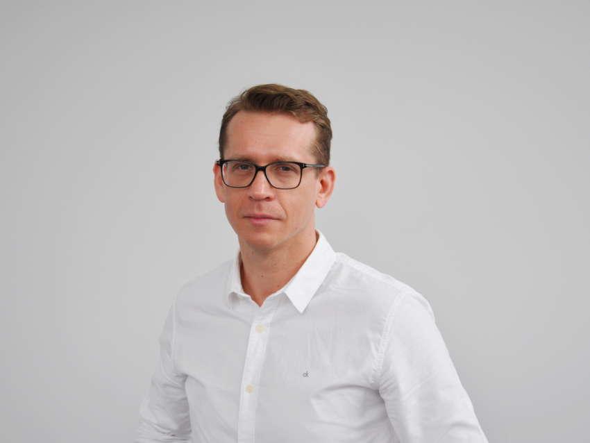 Dr Artur Pisarski